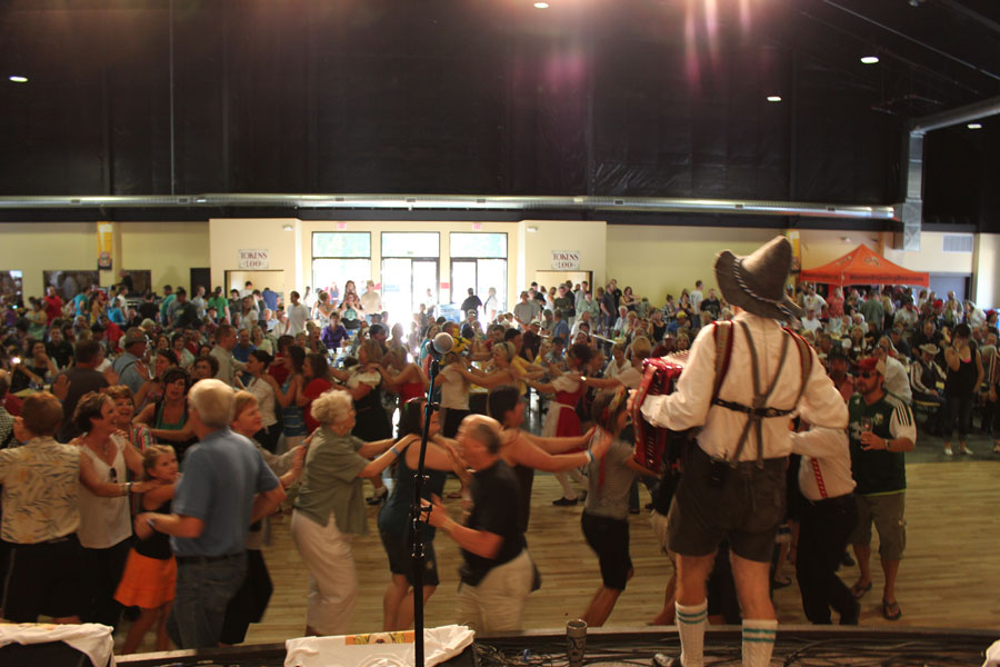 "Mount Angel OR Oktoberfest - the ""Jaegermarsch"" - with the S-Bahn band"