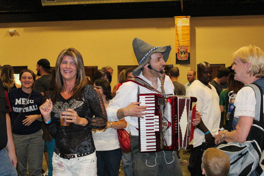 Mount Angel Oktoberfest with the S-Bahn band, Richard Tyce, accordion